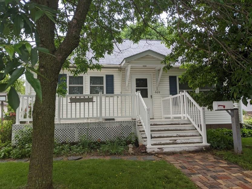 609 Miner Avenue W Property Photo - Ladysmith, WI real estate listing
