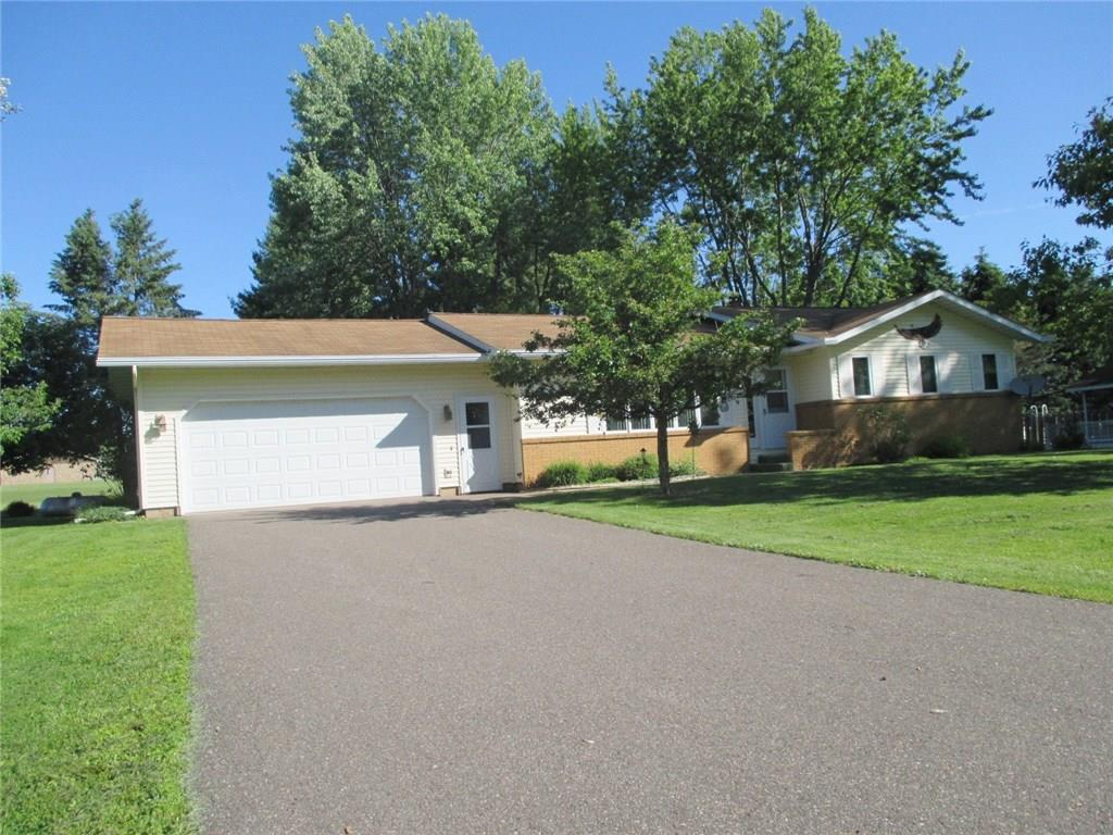 555 W Walnut Street Property Photo - Gilman, WI real estate listing