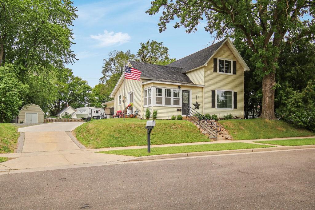310 Washington Street Property Photo - Stanley, WI real estate listing