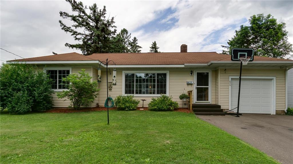 634 W Hudson Street Property Photo - Mondovi, WI real estate listing