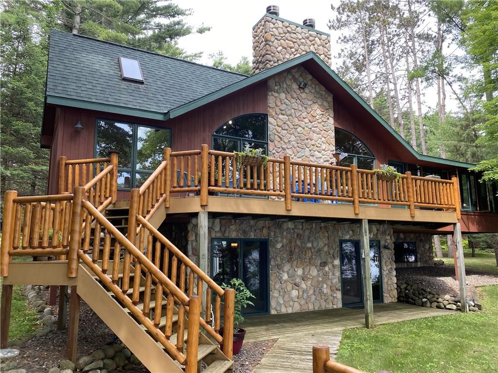 6812 N Fleur De Lane Property Photo - Stone Lake, WI real estate listing