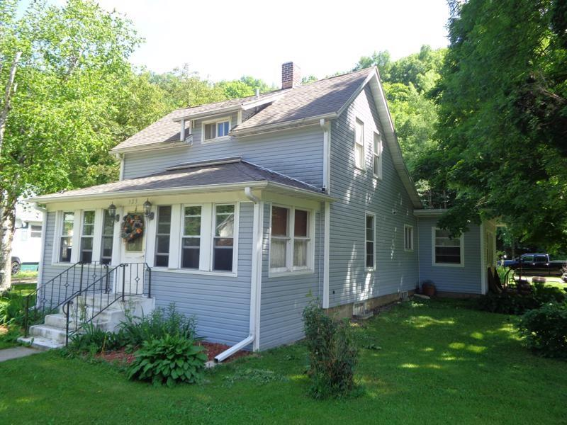 W323 State Road 29 Property Photo - Spring Valley, WI real estate listing