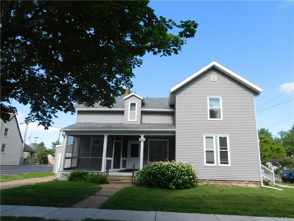 903 7th Street E #1, 2 & 3 Property Photo