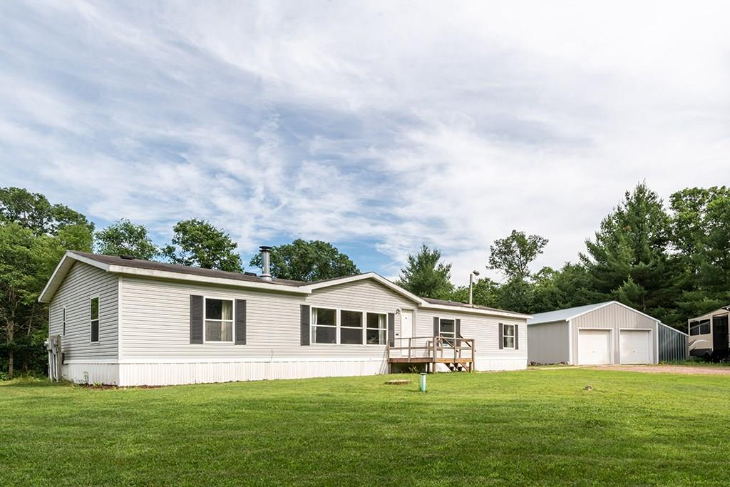 S5915 State Road 27 Property Photo - Augusta, WI real estate listing