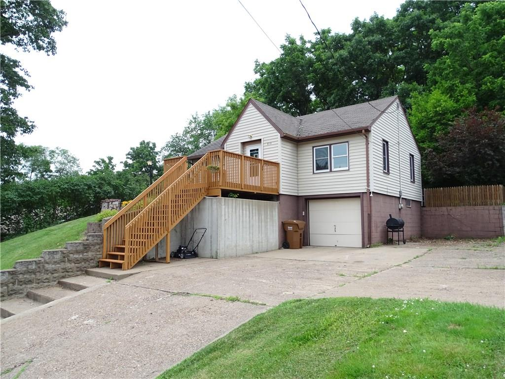 810 3rd Avenue E Property Photo - Durand, WI real estate listing