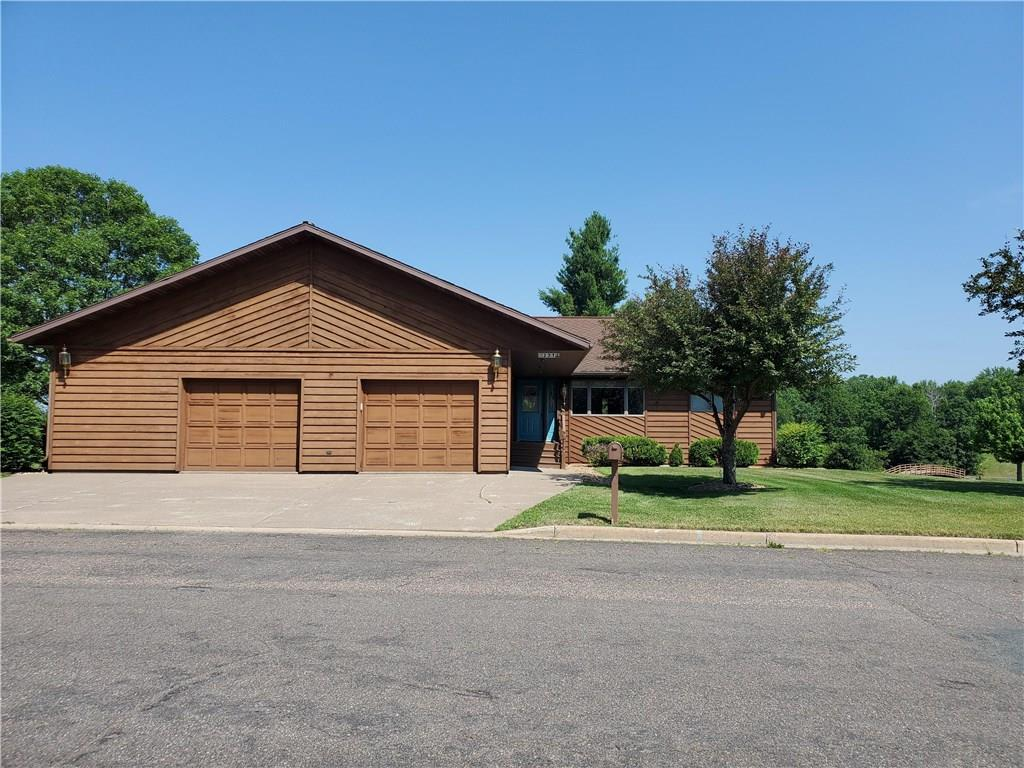 231 Rolling Oaks Drive Property Photo - Barron, WI real estate listing