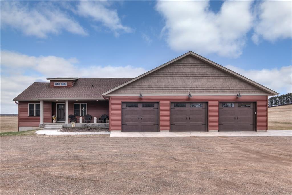 10674 70th Street Property Photo - Chippewa Falls, WI real estate listing