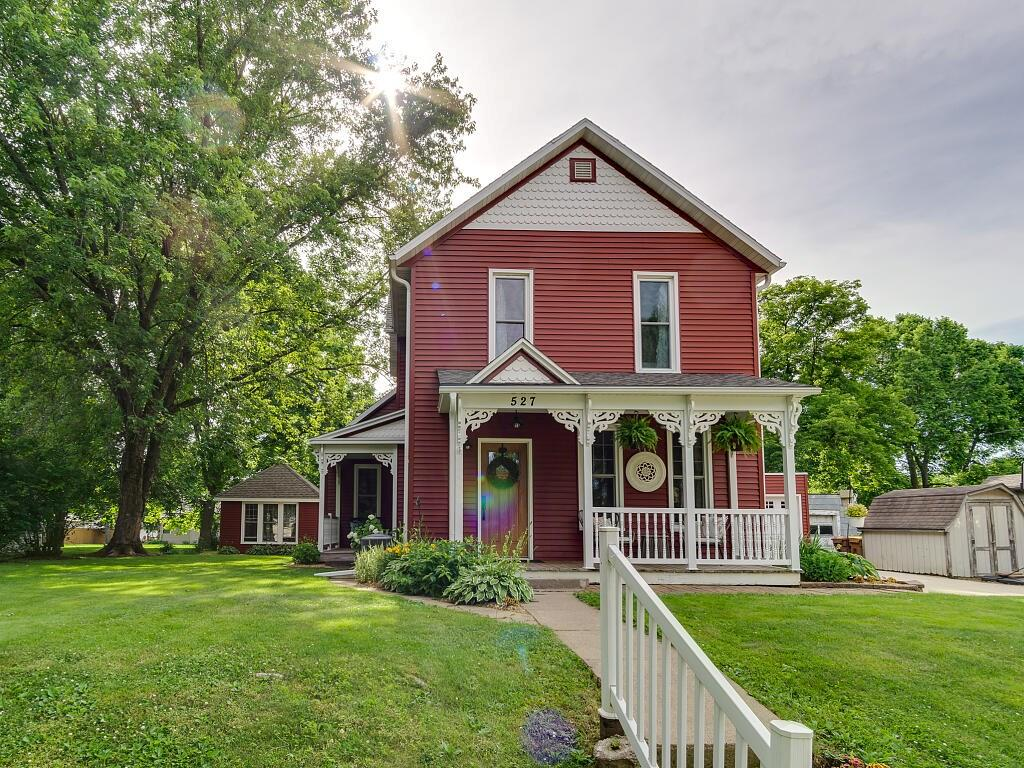 527 N Franklin Street Property Photo - Mondovi, WI real estate listing