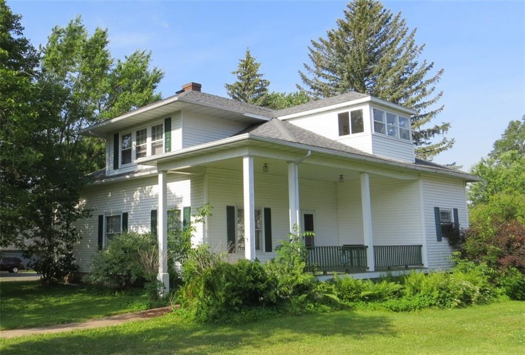 205 N Lincoln Street Property Photo - Thorp, WI real estate listing