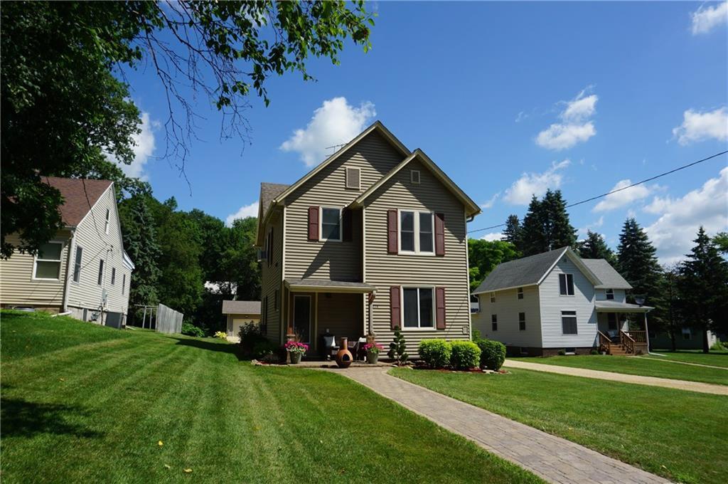 274 E Main Street Property Photo - Ellsworth, WI real estate listing