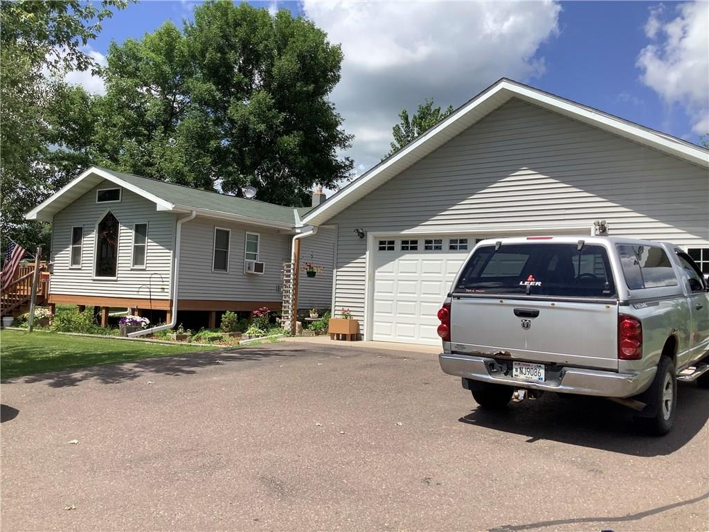 9632 N Mudhen Lake Drive Property Photo - Siren, WI real estate listing