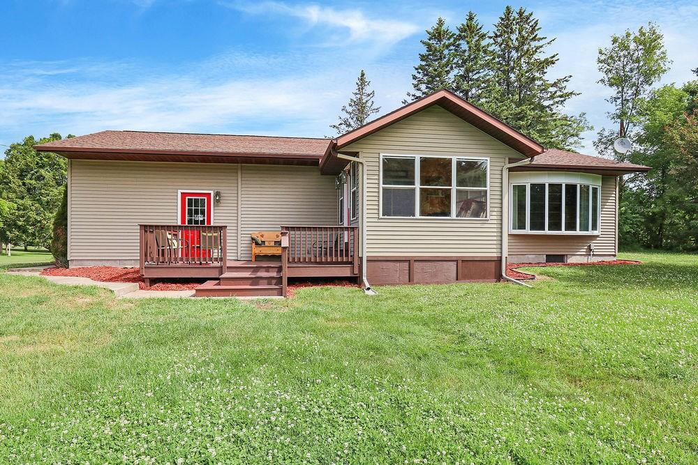 504 E Feller Avenue Property Photo - Bruce, WI real estate listing