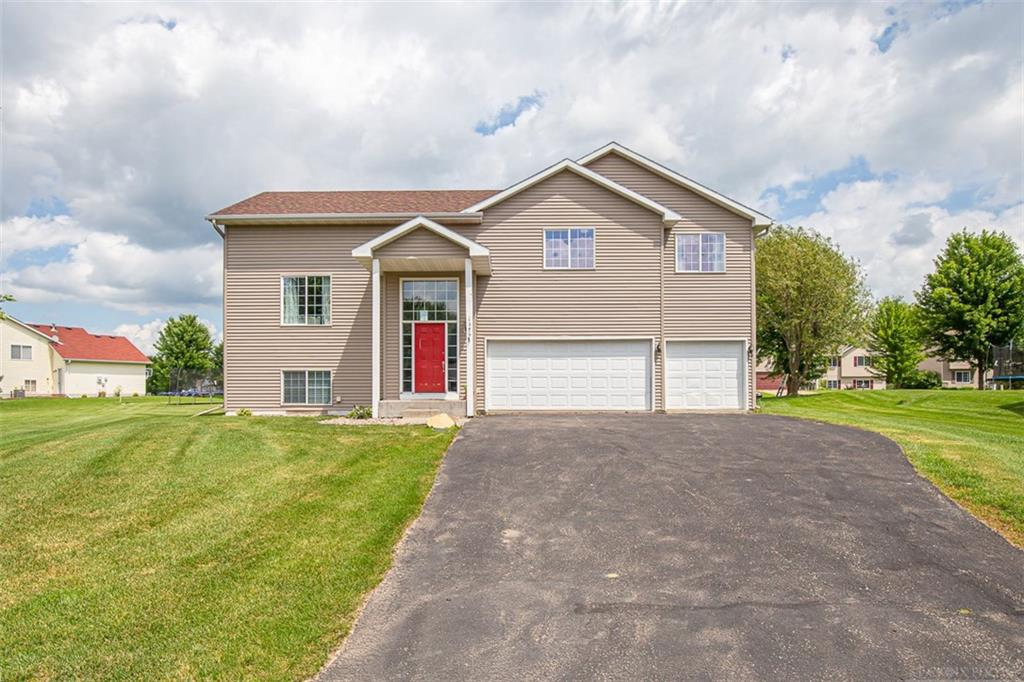1375 Canvasback Court Property Photo - Baldwin, WI real estate listing