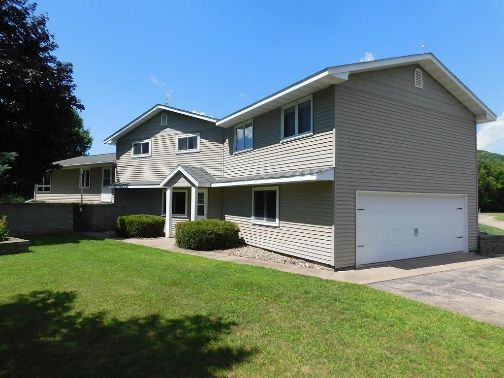 54756 Real Estate Listings Main Image