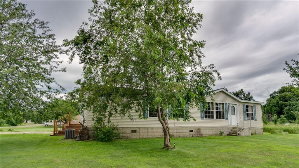 29276 303rd Avenue Property Photo - Holcombe, WI real estate listing