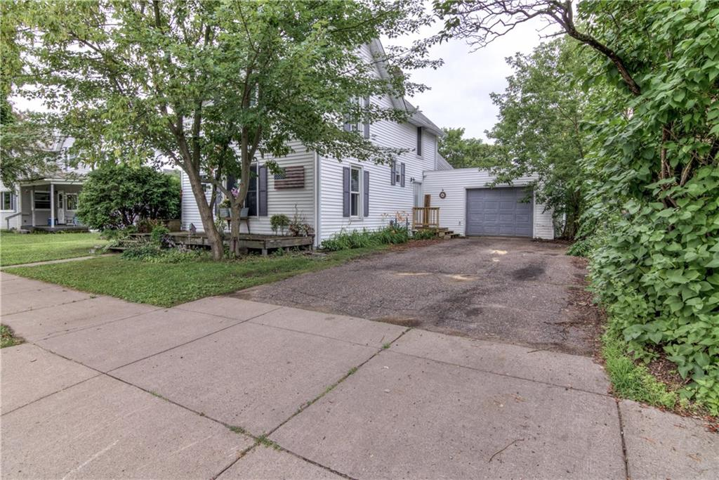 110 S Culver Street Property Photo