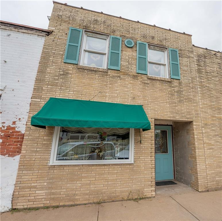 306 A W Main Street Property Photo - Durand, WI real estate listing