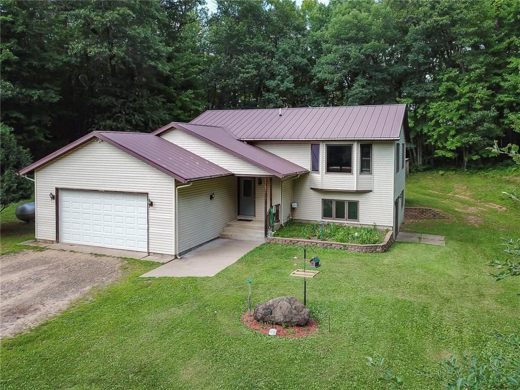 2223 90th Avenue Property Photo - Osceola, WI real estate listing