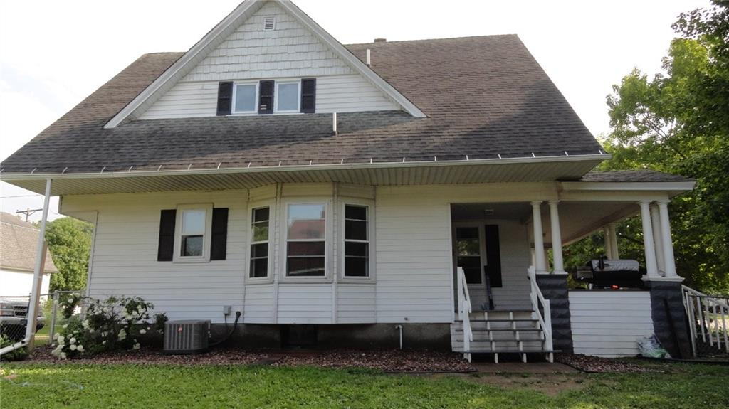 226 S Main Street Property Photo - Elmwood, WI real estate listing