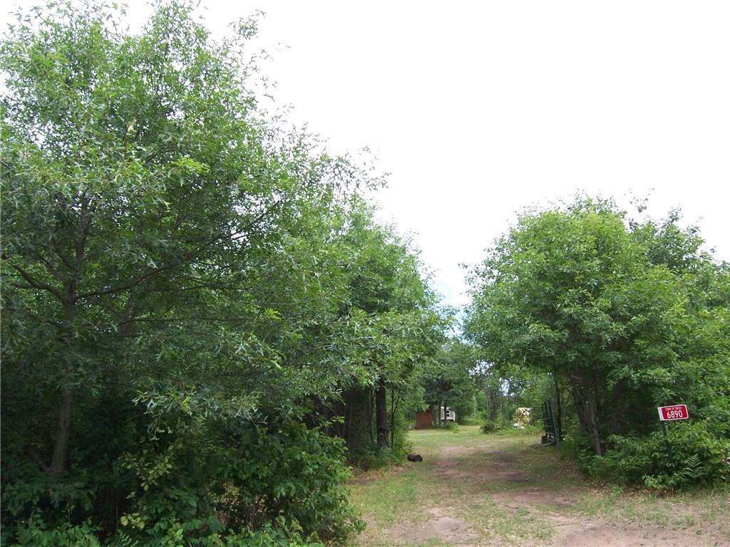 6890 Hayden Lake Road Property Photo