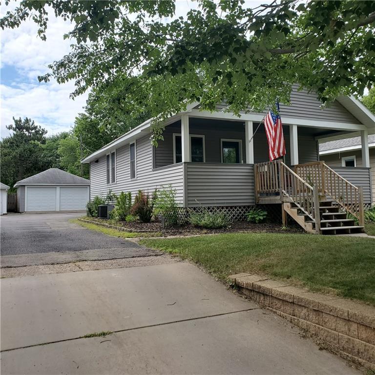 718 Summer Street Property Photo
