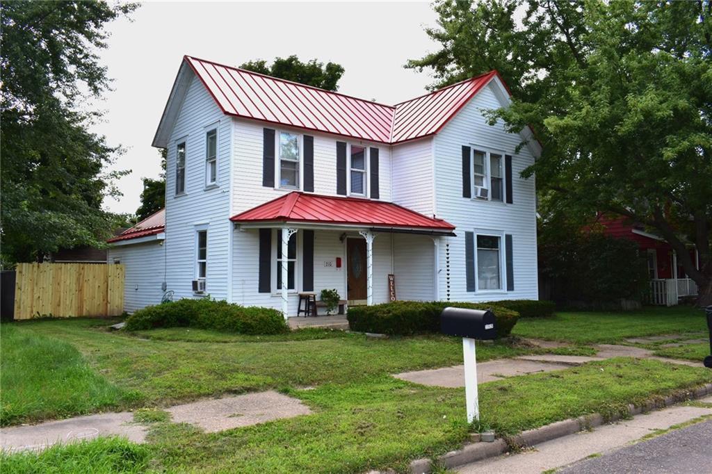 210 S Prairie Street Property Photo