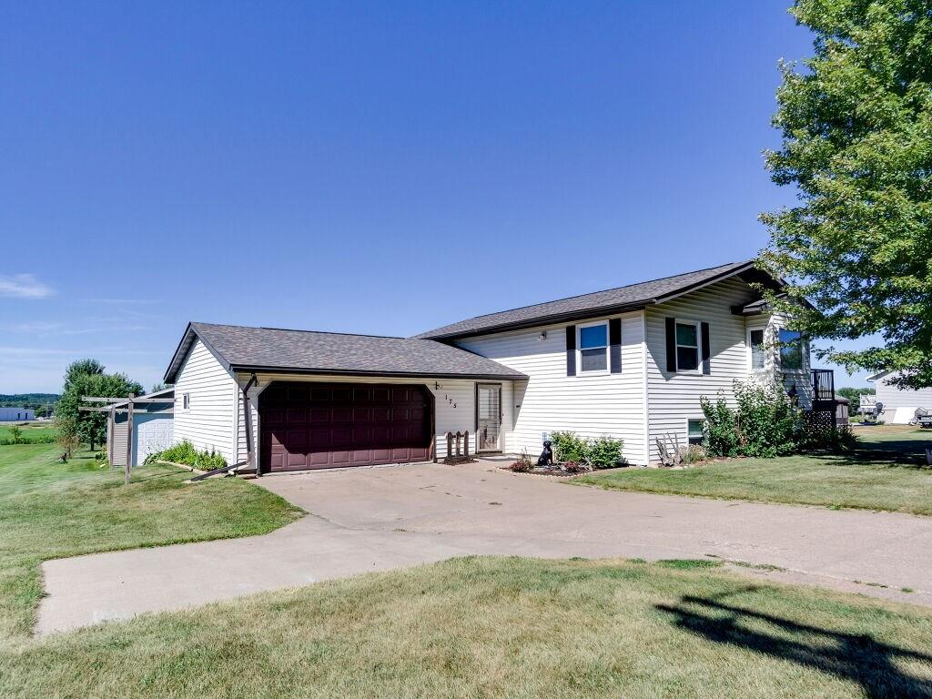 175 Sandy Hill Drive Property Photo - Augusta, WI real estate listing