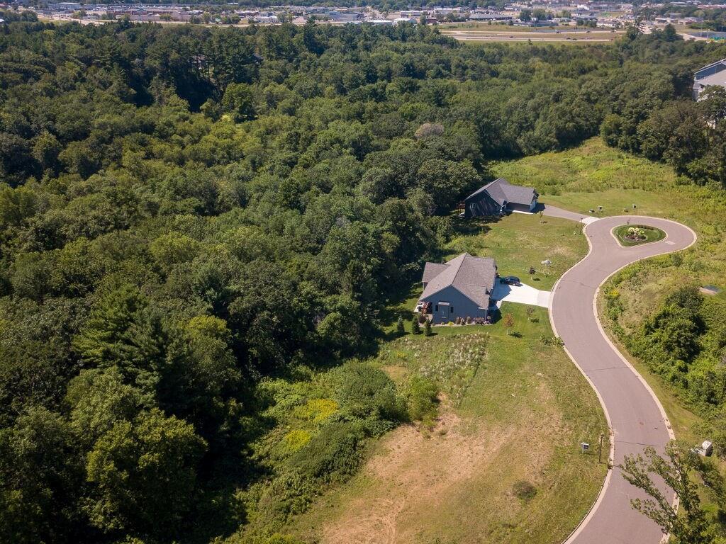 2305 Augusta Court Property Photo