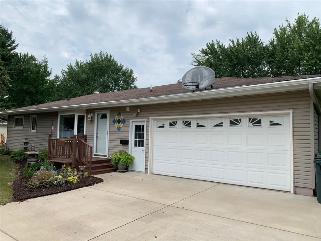 562 Daisy Street Property Photo