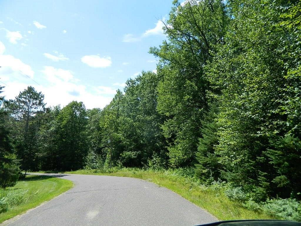 On Golf Course Road Property Photo