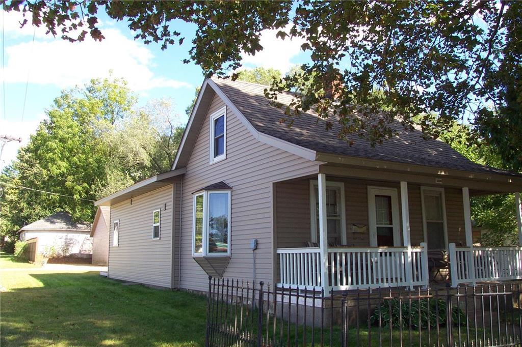 1600 9th Street E Property Photo