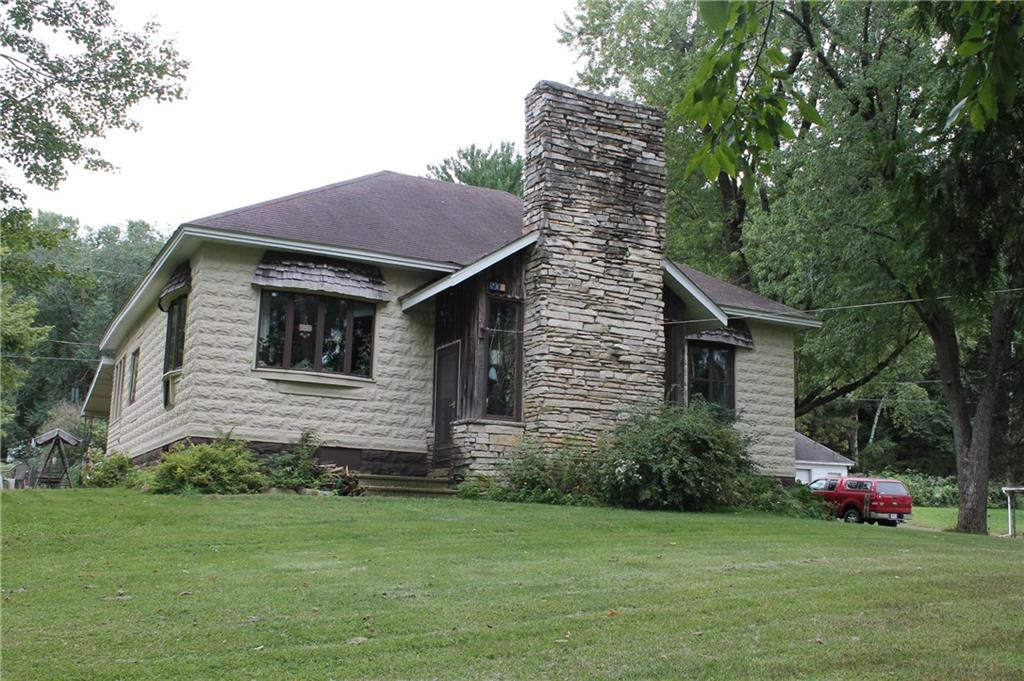 504 W 2nd Avenue Property Photo - Wheeler, WI real estate listing