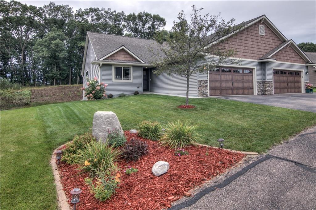 732 Club View Lane Property Photo - Altoona, WI real estate listing