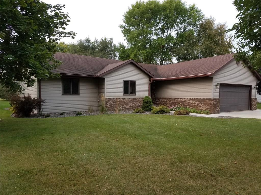 2934 Meadowbrook Lane NE Property Photo - Menomonie, WI real estate listing