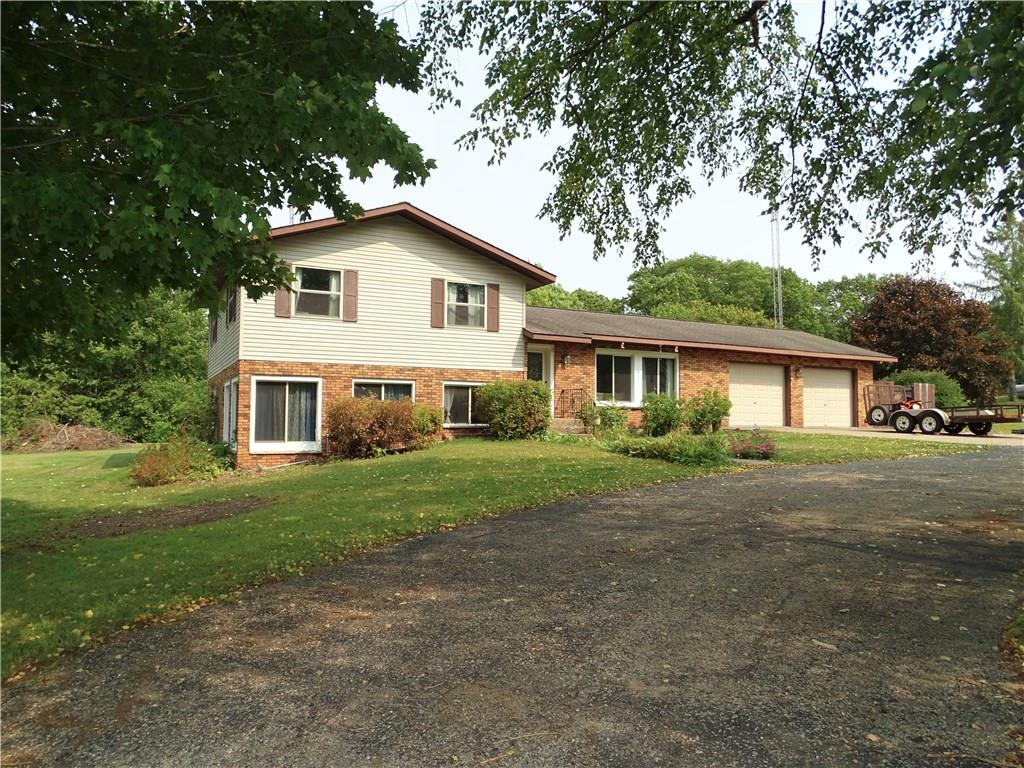 W2324 Highland Drive Drive Property Photo - Durand, WI real estate listing