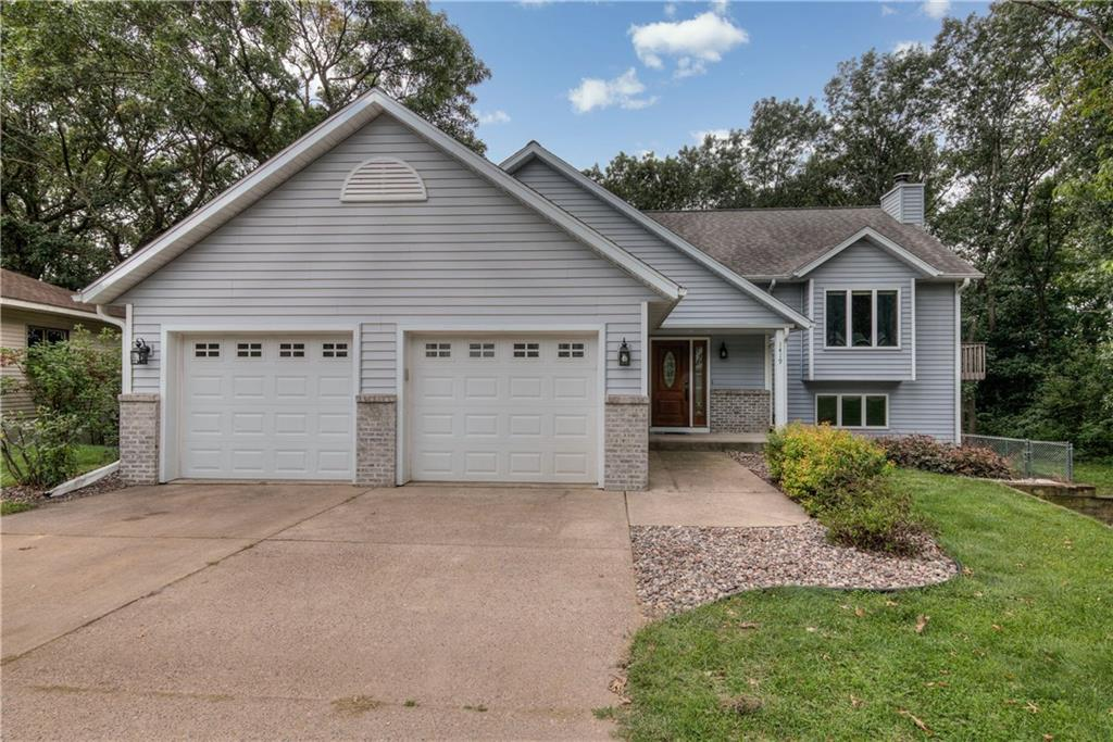 1419 Edgewood Drive Property Photo - Altoona, WI real estate listing