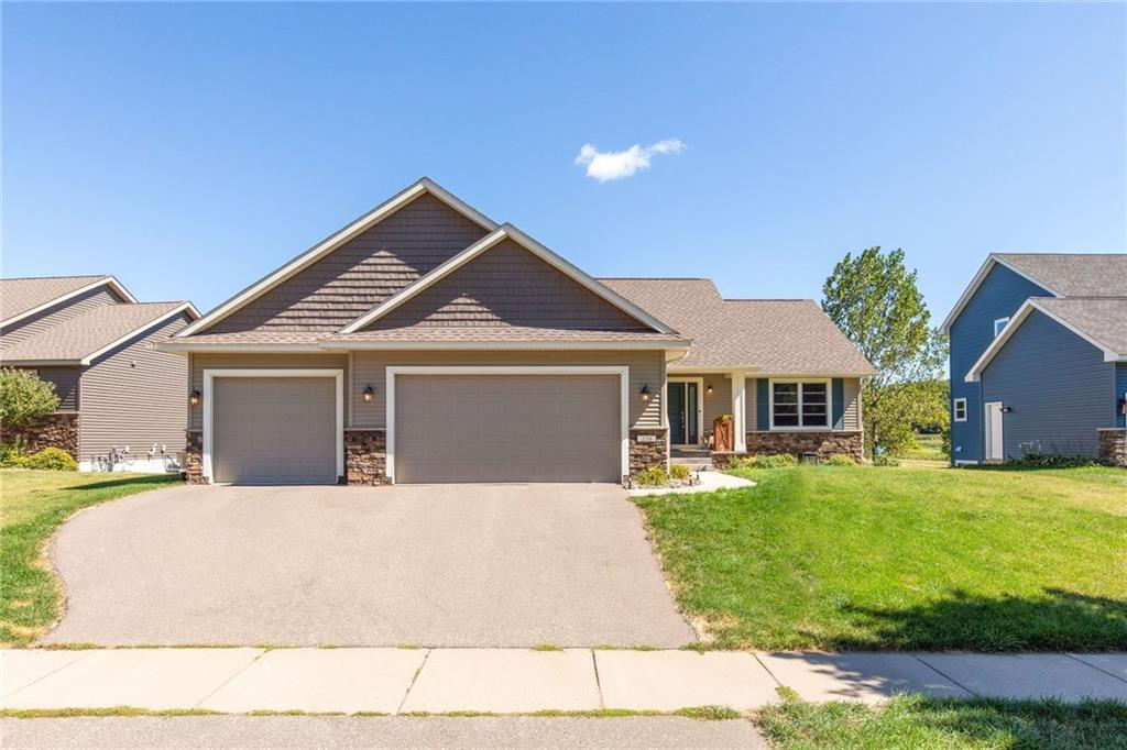 220 Glenmeadow Street Property Photo - River Falls, WI real estate listing