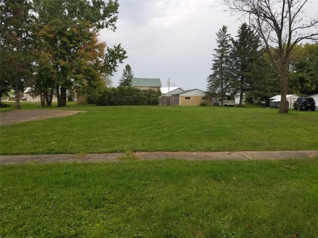 219 Wilson Street Property Photo - Ridgeland, WI real estate listing