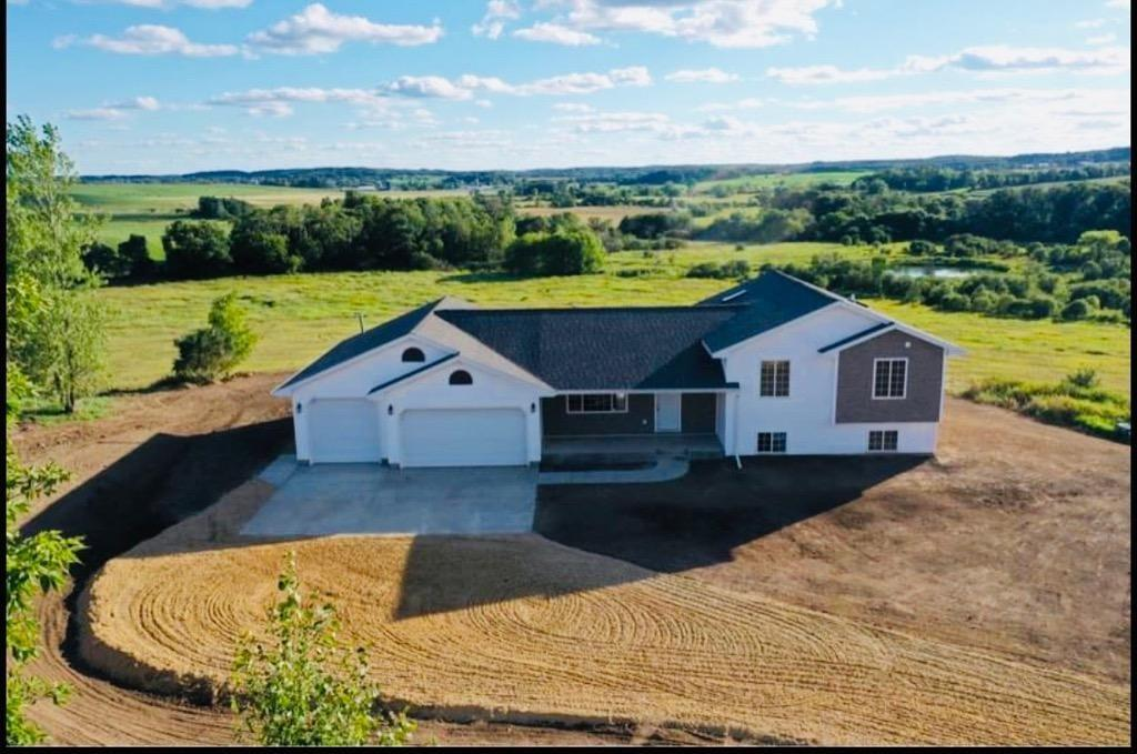 E8895 W Mallard Road Property Photo - Strum, WI real estate listing