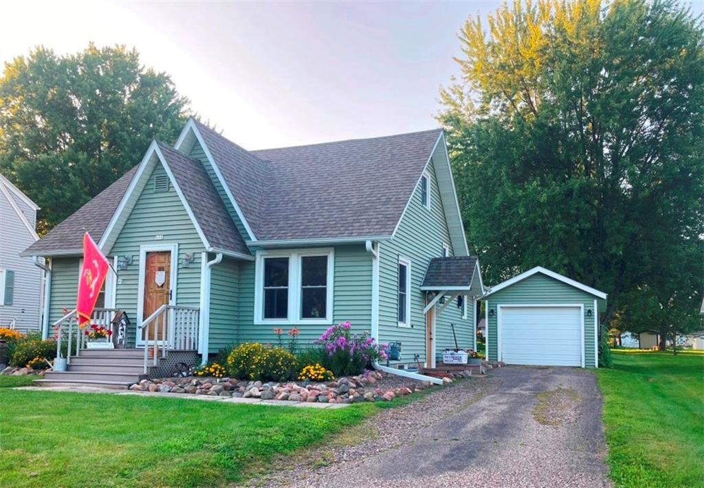 408 W Stanley Street Property Photo - Thorp, WI real estate listing