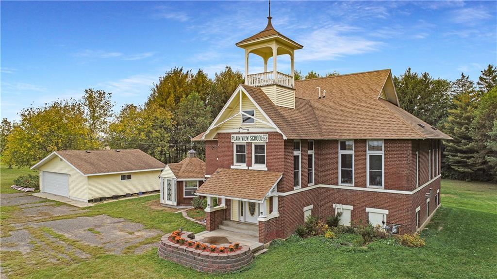 152 16th Street Property Photo - Ridgeland, WI real estate listing