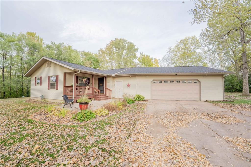 222 W Fountain Street Property Photo - Cadott, WI real estate listing