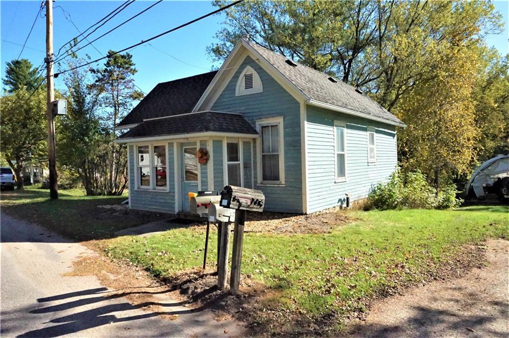 713 1st Street Property Photo - Plum City, WI real estate listing