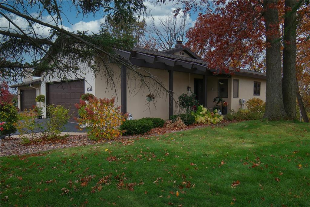 1036 Village Square Property Photo - Altoona, WI real estate listing
