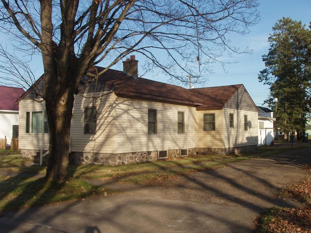 407 6th Ave S Property Photo