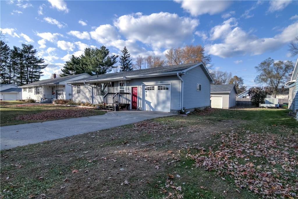 321 W Hickory Street Property Photo - Strum, WI real estate listing