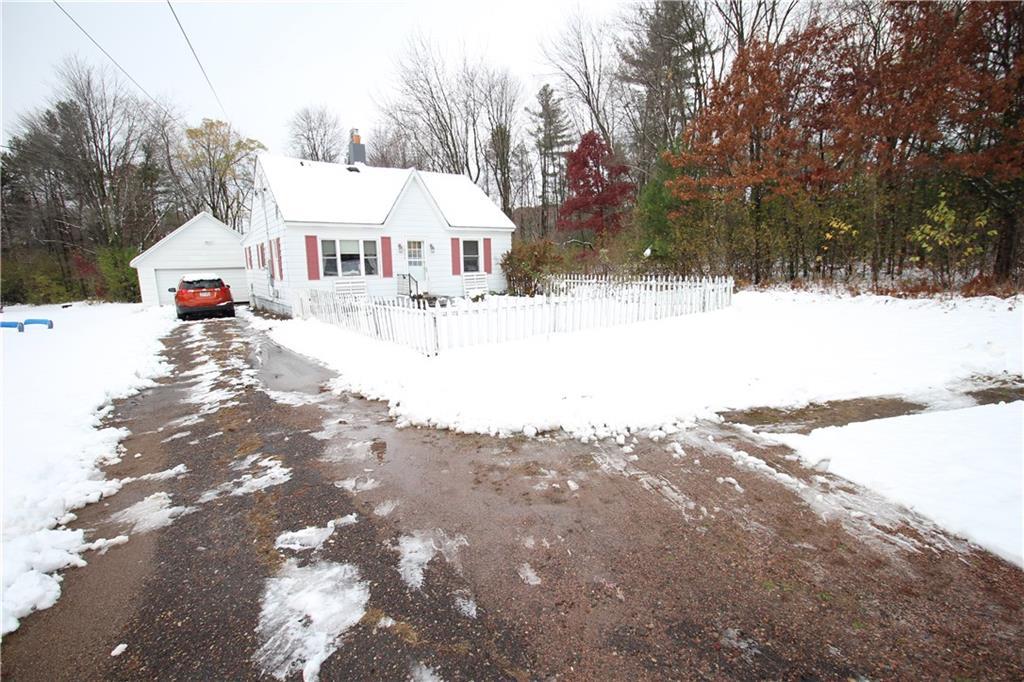 1524 Peterson Avenue Property Photo