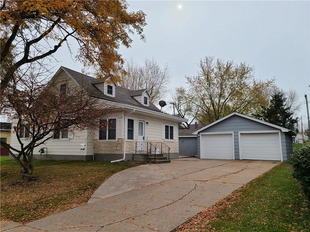 110 E Lawrence Street Property Photo - Thorp, WI real estate listing