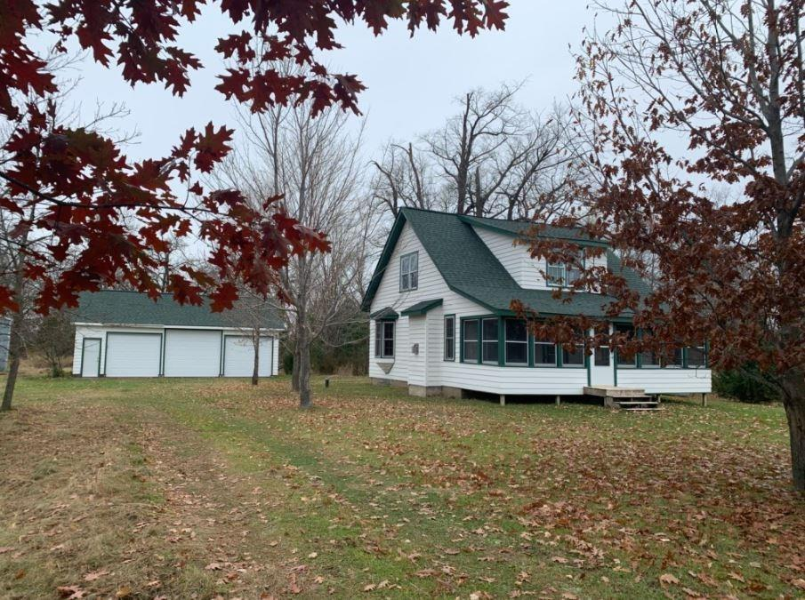 21663 Maplewood Road Property Photo - Grantsburg, WI real estate listing