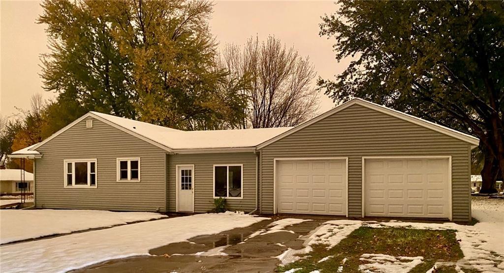 408 N Washington Street Property Photo - Mondovi, WI real estate listing